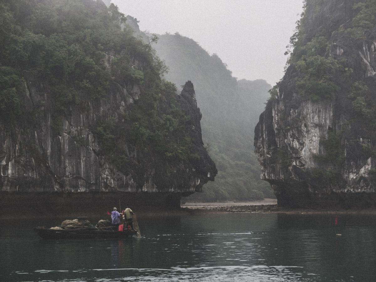 33Catseye Productions Vietnam P1010517